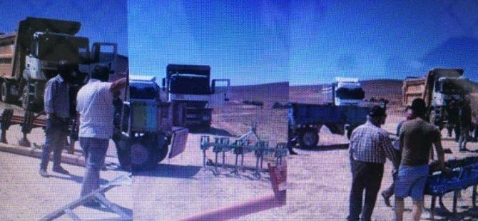 Kocasinan Kaş'ta Köylü traktörlerle, pulluklarla yol kesti!