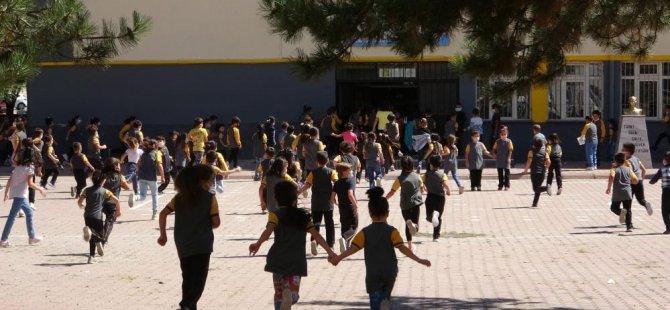 Kayseri'de 308 bin 728 öğrenci ders başı yaptı