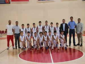 Basketbol Yaz Ligi'ne Bünyan takımları damgasını vurdu