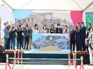 Eczacı Cem Seyhan 112 Acil İstasyonu'nun açılışı yapıldı
