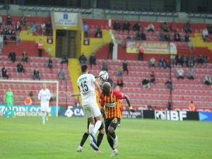 Kayserispor,Kasımpaşa'yı yenerek 3 puan aldı