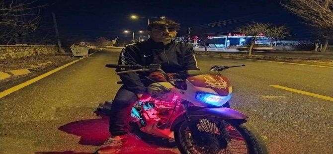 Sindelhöyük'de  Otomobille çarpışan motosiklet sürücüsü öldü