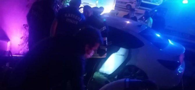 Kocasinan Bulvarı'nda Otomobil köprünün beton ayağına çarptı: 1 ölü, ağır 2 yaralı