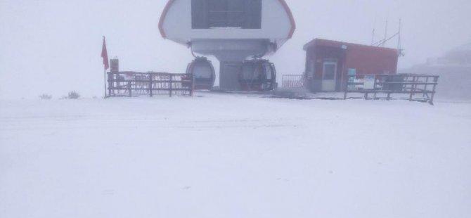 24.09.2021 Erciyes'e kar yağdı-video
