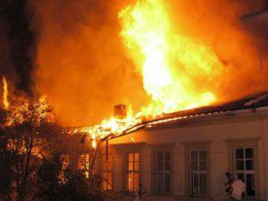 Kayseri'de Çıkan Yangında Bir Kişi Hayatını Kaybetti