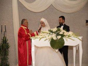 İş Adamı Sedat Böyük Oğlunu evlendirdi