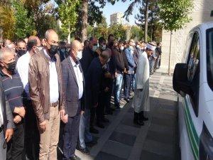 Kasaplar odası Başkanı Adnan Aydın toprağa verildi