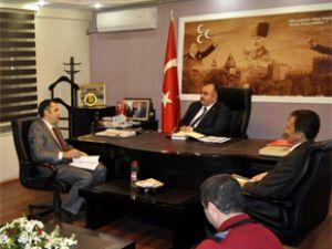 Türk Sağlık-Sen Üniversite Teşkilatı Başkanı Mustafa Öztürk MHP'yi Ziyaret Etti