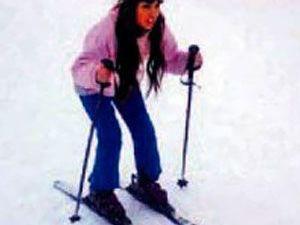 Erciyes'te kayak yapan ünlü sanatçı Lara şow yaptı