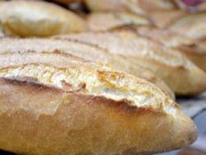 Bayat ekmeğini atma getir yenisini götür
