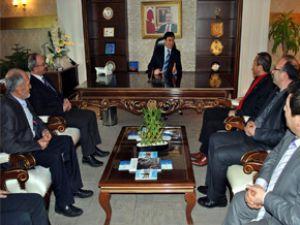 Sivil Toplum Kuruluşları Ak Parti'yi Ziyaret Etti
