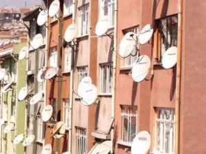 Çanak antenlere balkon yasağı