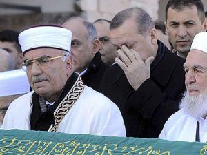 Başbakan Erdoğan gözyaşlarını tutamadı