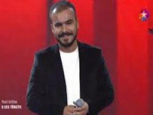O Ses Türkiye Mustafa Bozkurt'tan Hakim Bey Fikrim Firarda Şarkısı Video izle