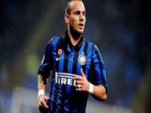 Galatasaray'da Sneijder'in gelmesini istemeyenler var