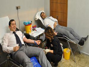 Kınaş İnşaat Kızılay Tarafından Kan Kampanyası Düzenlendi