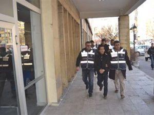 Kayseri'de Marketten 25 Bin tl Çalan Hırsız Yakalandı