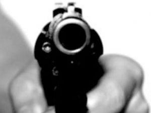 Kayseri'de Cadde Ortasında Silahla Vurdu