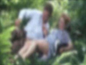 Yurttan kaçan kızla ağaçlık alanda ilişkiye girdi