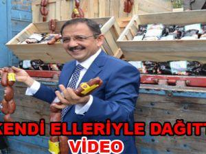 Kılıçdaroğlu'ndan Kazanılan Para İle Vatandaşa 3 Bin Kilo Sucuk-video