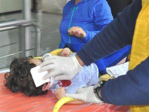 Lavabo Kapısı 3 Yaşındaki Çocuğun Üzerine Düştü
