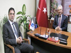Kayseri Basın İlan Müdürü Osman Başeğmez Muhasebeci  Odası Başkanı Suat Özsoy'u ziyaret etti