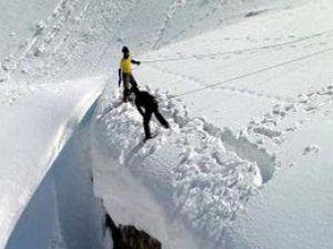 Develi'de kar kalınlığı 30 santimetreye ulaştı