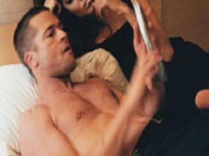 'Brad Pitt'i karımla bastım!'