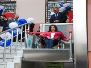 melikgazi belediyesi engellilere özel asansör