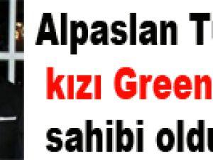 Alpaslan Türkeş'in kızı Green Card sahibi oldu