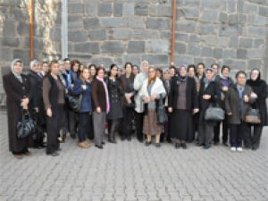 MHP AVANOS KADIN KOLLARI KAYSERİ'DE