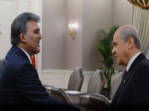 Gül, MHP Genel Başkanı Devlet Bahçeli ve yeni seçilen divan üyelerini kabul etti