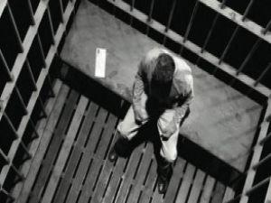Hapisten kaçarken canından oldu