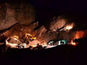 Sivas'ta Göçen madenden 20 saat sonra sağ çıktılar!