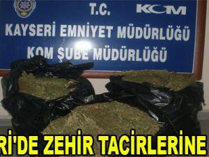 KAYSERİ'DE ZEHİR TACİRLERİNE DARBE