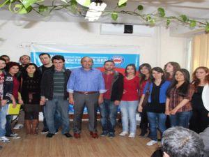 Kayseri'de Atanamayan Öğretmenler Eğitim-Bir-Sen'den Destek İstedi