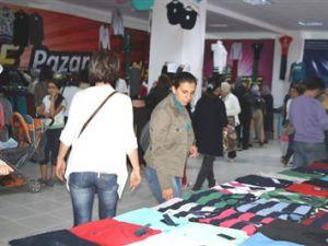 Köşk Mahallesi'nde Sosyete Pazarı Açıldı