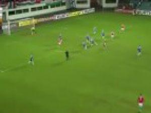 Estonya'da tek golle güldü!