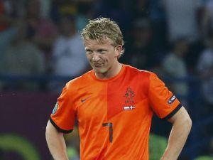 Kuyt da sahne aldı Hollanda rahat kazandı