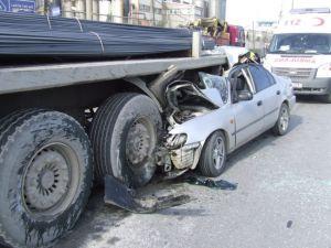 Kayseri'de Trafik kazası dorseyle çarpıştı 2 ölü 3 yaralı