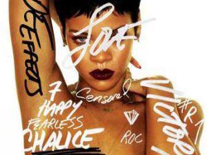 Rihanna albüm kapağı için soyundu