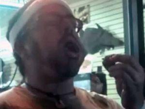 Böcek yeme yarışmasını kazandıktan sonra öldü! video