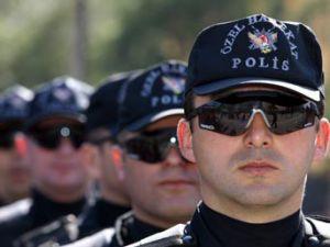 ZEHİR TACİRLERİ POLİSTEN KAÇAMADI