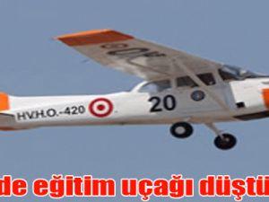 İzmir'de eğitim uçağı düştü: 1 ölü