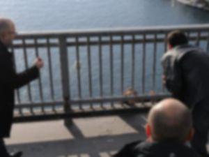 Fsm'de Üniversite öğrencisi genç kız köprüden atladı