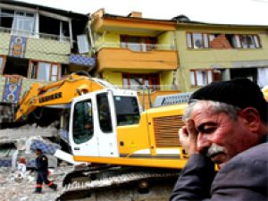 5 Ekimde 35 ilde 6 bin 500 bina yıkılacak