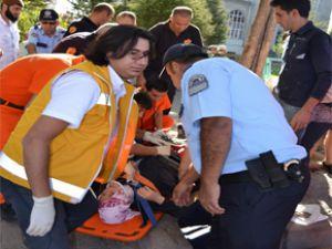 Kayseri'de Kadın Sürücü, Öğrencilere Çarptı: 7 Yaralı