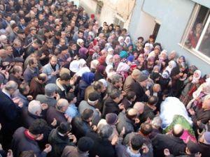 Erciyes Dağ'ında Kaza yapan Ece Nur  beyaz gelinlikle Uğurlandı