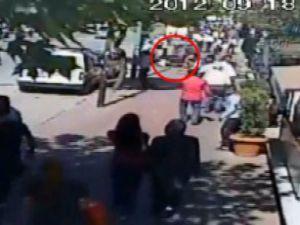 Sokak ortasındaki cinayet kamerada