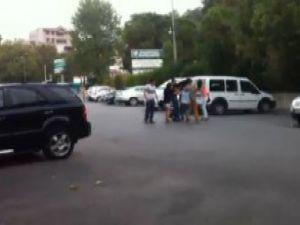 Bursa'da liseli kızlar erkek arkadaş yüzünden birbirine girdi-video